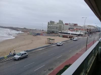 Apartamento ubicado frente a La Playa