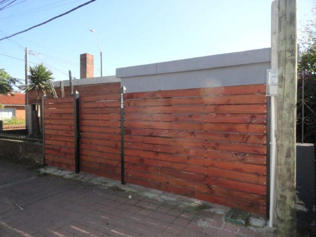 casa centrica en  avenida lavalleja maldonado  - ilf808c