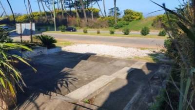 Local 600 m2 , en Mansa - Punta del Este