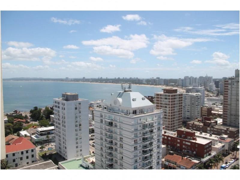 Apartamento ID.4044 - piso alto en Península, hermosa vista