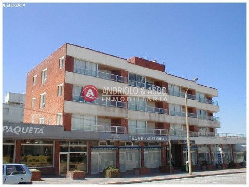 Apartamento ID.2965 - Apartamento en Punta del Este, Peninsula | Andriolo Inmobiliaria Ref:2965