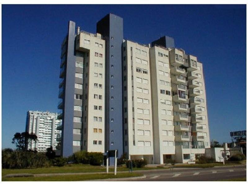 Apartamento ID.1425 - segunda fila de playa mansa