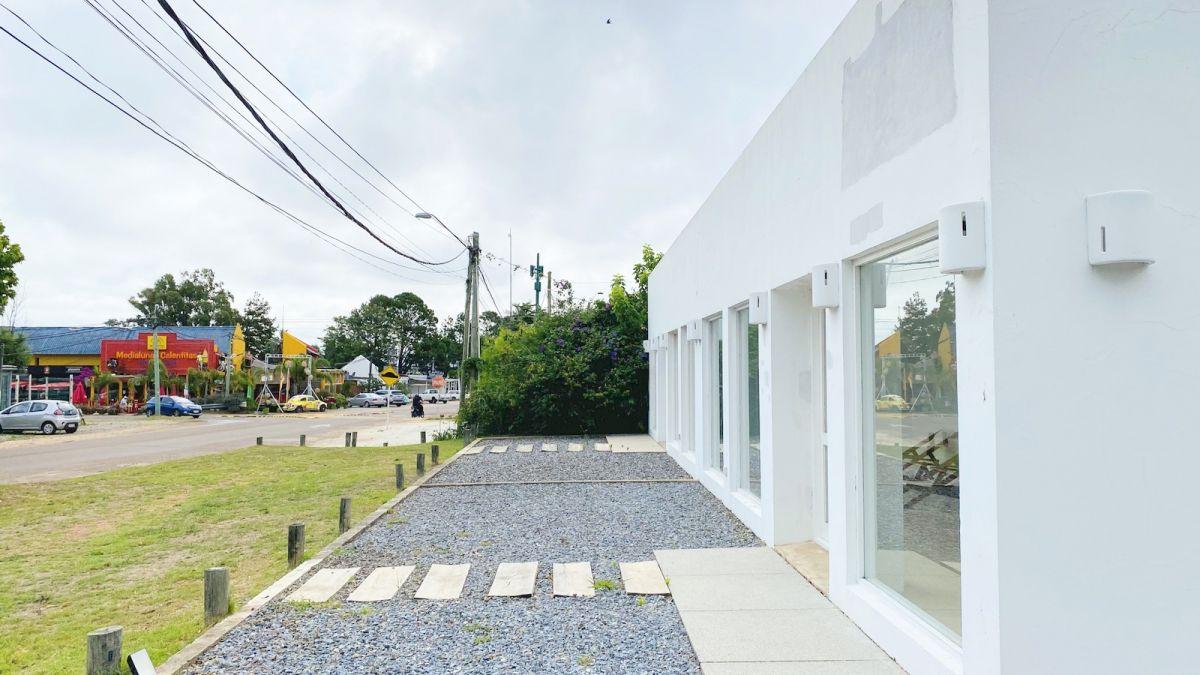 Local Comercial ID.396 - Local en alquiler en La Barra a metros de ruta 10