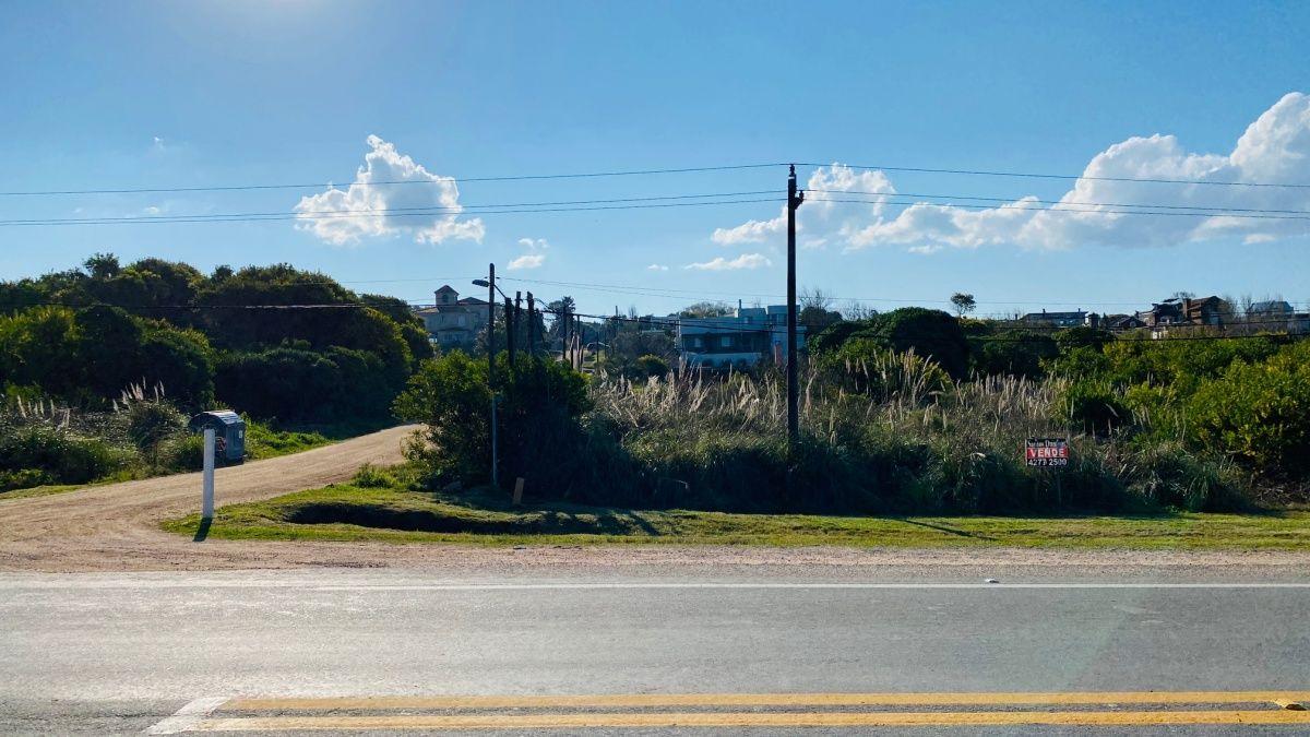 Terreno ID.459 - Terreno en altos de Punta Piedras venta