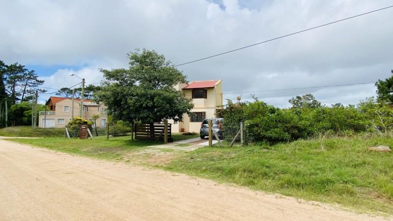 Terreno ID.399 - Terreno en Manantiales venta 425 mts