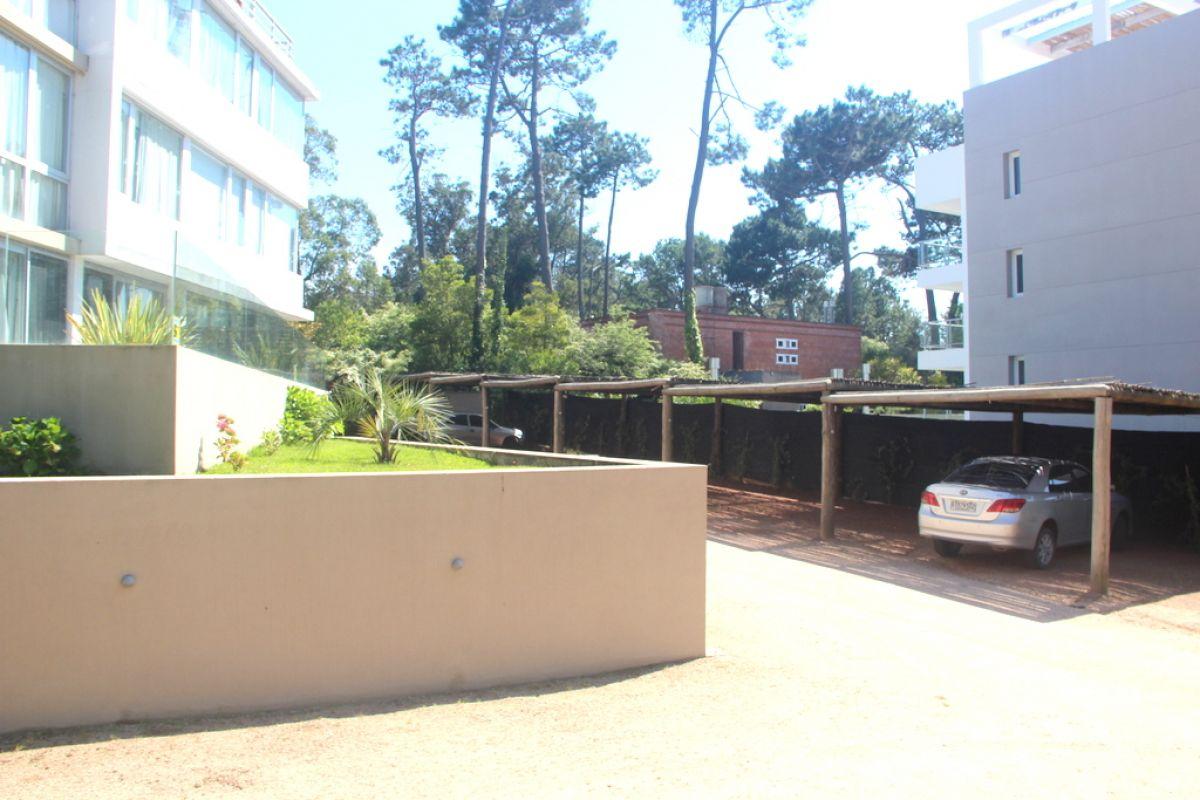 Apartamento ID.280 - Departamento en Playa Brava Punta de Este