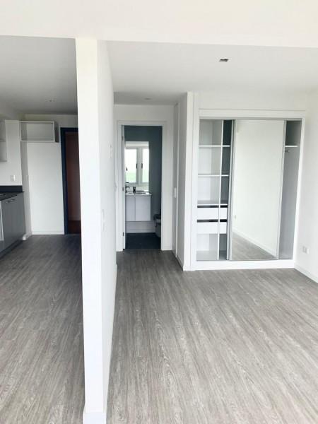 Apartamento ID.24392 - SOBRE ROOSEVELT A ESTRENAR EN TORRE CON SERVICIOS Y MUY BAJOS GASTOS COMUNES
