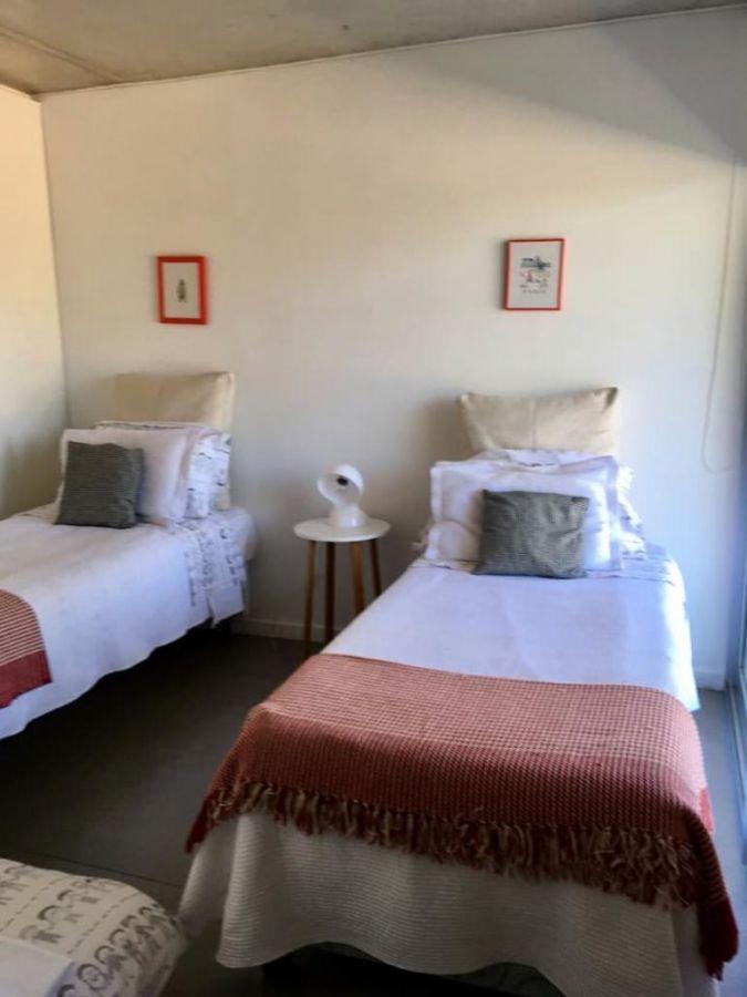 Apartamento ID.17385 - A metros del Mar, entorno residencial en playa mansa
