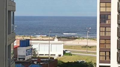 Departamento a pasos del mar con vistas!