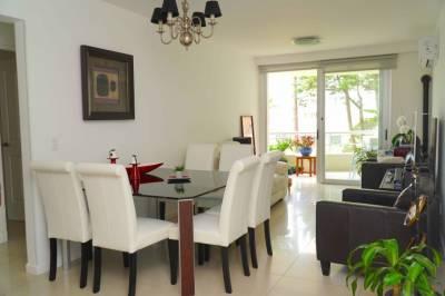 3 dormitorios con parrillero exclusivo a metros de playa mansa