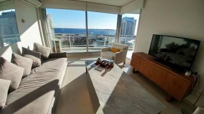 Apartamento en venta Playa Mansa 2 dormitorios