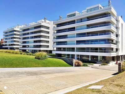 Apartamento en venta Playa Brava 4 dormitorios