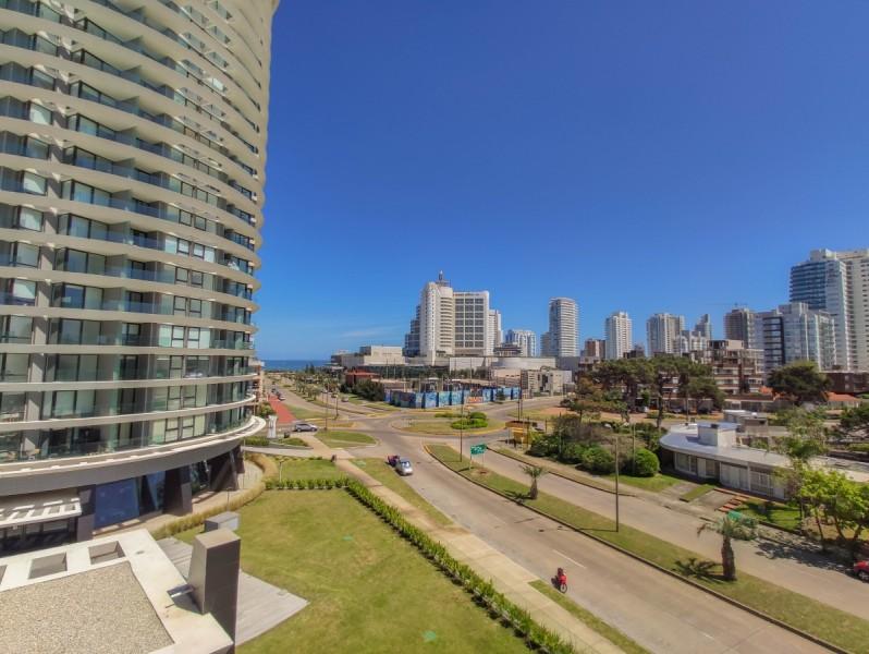 Apartamento ID.5338 - Apartamento en venta, 2 dormitorios en Punta del Este