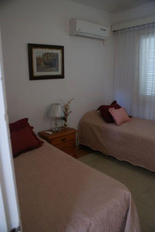 Casa ID.1004 - Casa en alquiler temporario Mansa 4 dormitorios