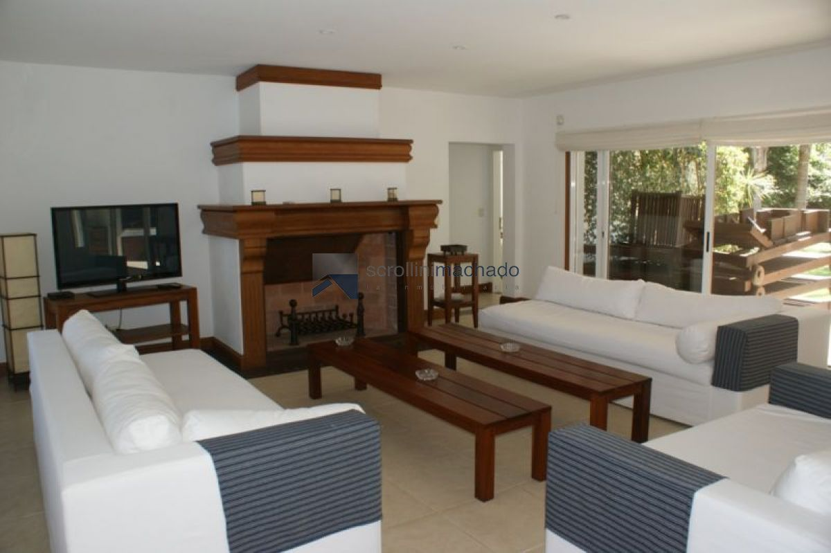 Casa ID.1702 - Casa en alquiler temporario La Barra 5 dormitorios