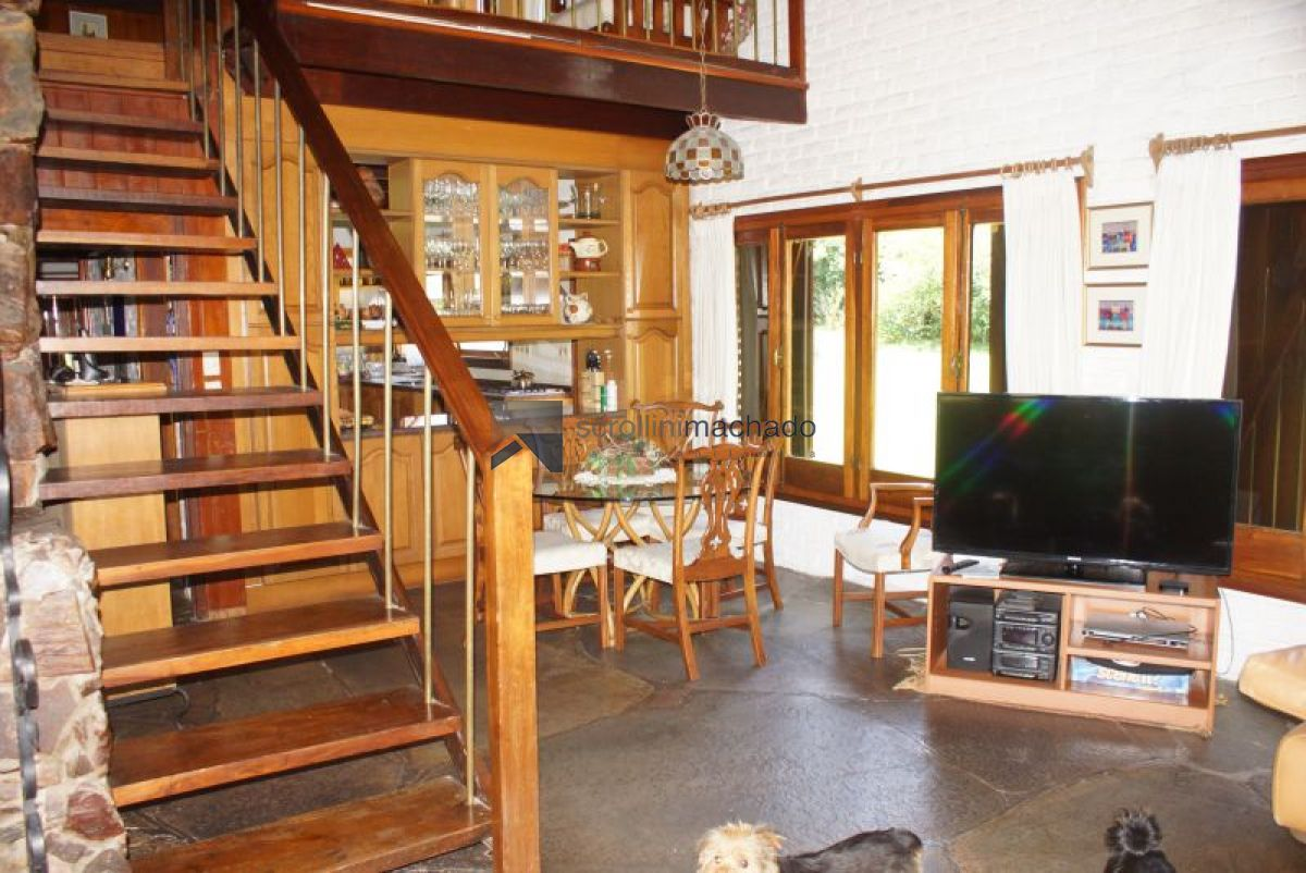 Casa ID.2416 - Casa en venta y alquiler temporario Mansa 4 dormitorios