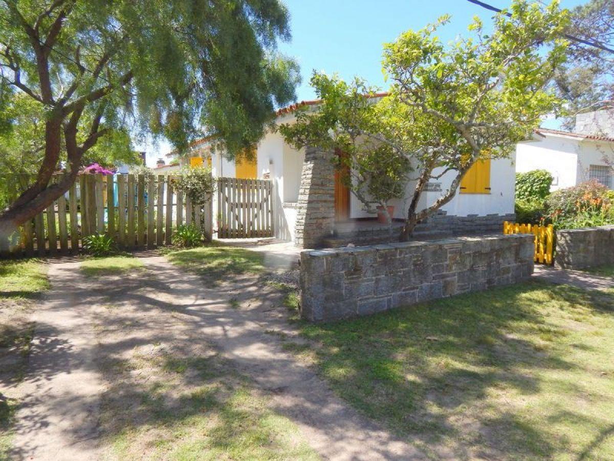 Casa ID.2719 - Casa en Punta del Este, Mansa | Sagasti Inmobiliaria Ref:2719