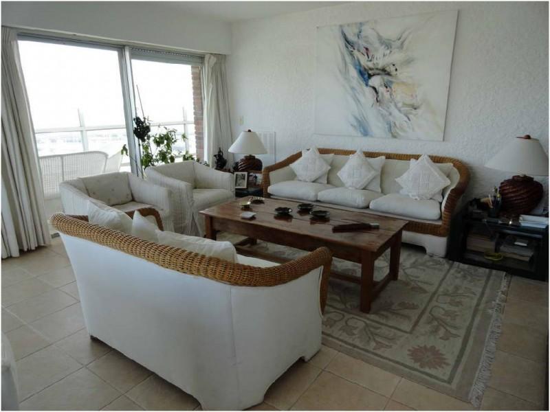 Apartamento ID.26147 - Apartamento en Punta del Este, Peninsula | Nieto y Páez Inmobiliaria Ref:26147