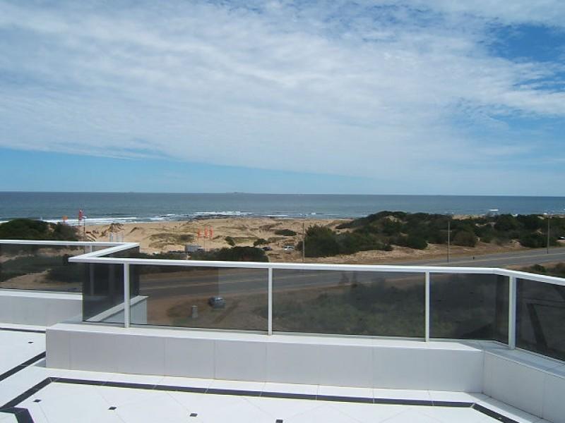 Apartamento ID.6594 - Apartamento en Punta del Este, Brava | Nieto y Páez Inmobiliaria Ref:6594