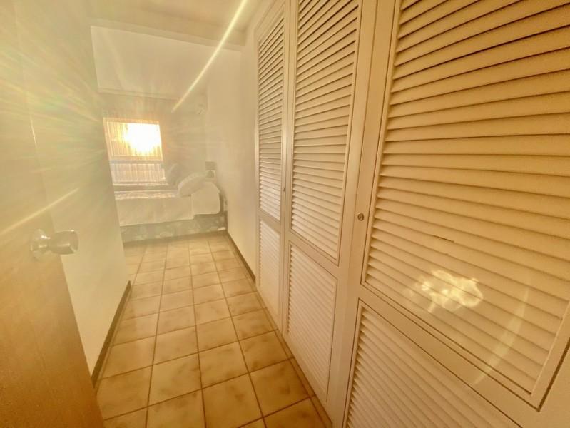 Apartamento ID.2410 - Oportunidad, 1era fila en playa mansa con parrillero propio. Bajó de precio!