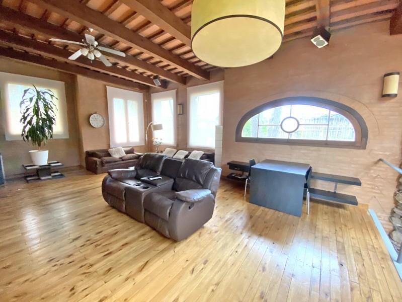 Casa ID.33338 - Barrio Privado. 5 dormitorios, pileta, 700 m2 construidos