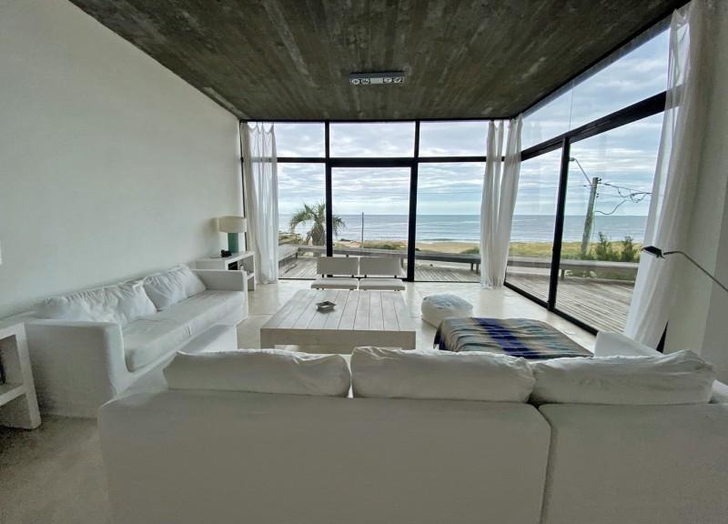 Casa ID.34188 - Primera fila al mar, con toda la vista.!!! Espectacular!
