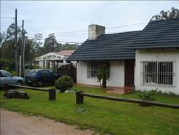 Casa Venta o Alquiler en Punta del Este La Barra de 3 Dormitorios