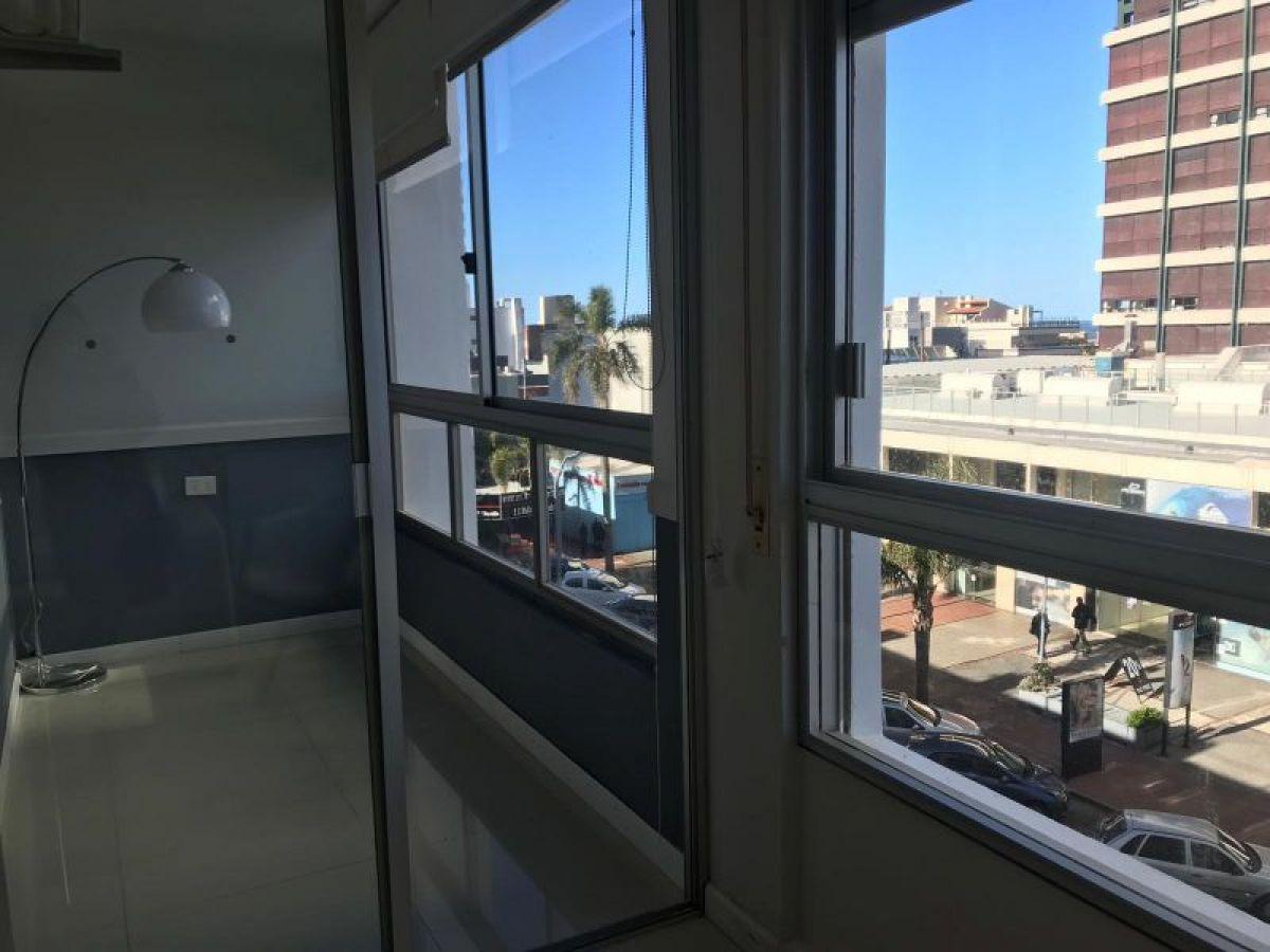 Apartamento Ref.236 - Peninsula 1 dormitorio Reciclado