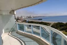 Venta Apartamento 3 Dormitorio y dependencia, Playa Mansa, Punta del Este