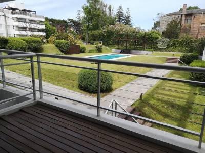 Venta Apartamento 2 Dormitorios, Playa Brava, Punta del Este
