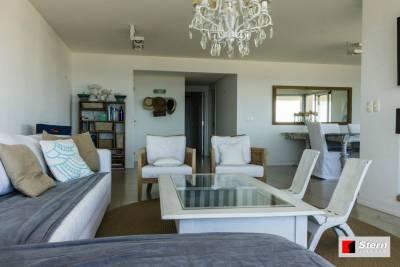Venta Apartamento 3 Dormitorios, Playa Mansa Punta del Este