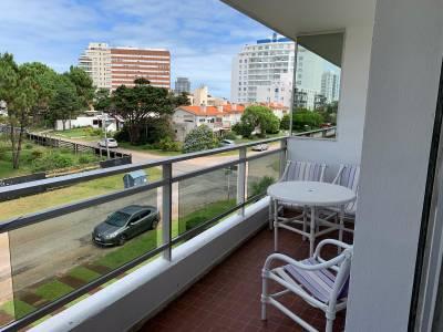 Venta Apartamento 2 Dormitorios, Aidy Grill, Punta del Este