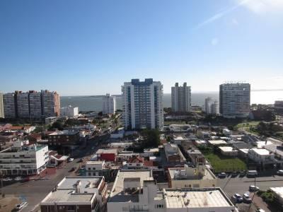 Venta Apartamento 1 Dormitorio y Medio, Playa Brava Punta del Este