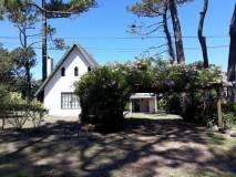 Venta Casa 2 Dormitorios, Rincon del Indio, Punta del Este.