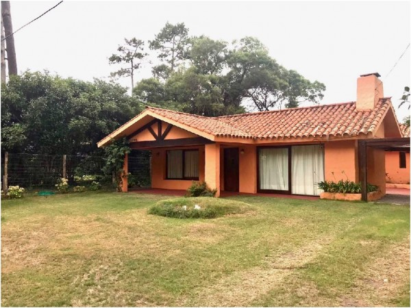 Casa  en Punta del Este San Rafael de 3 Dormitorios