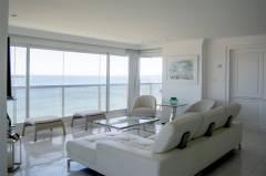 Hermoso Penthouse en venta, en primera linea.
