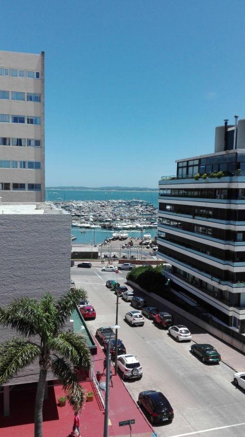 Apartamento ID.455 - IMPERDIBLE OPORTUNIDAD A METROS DEL PUERTO