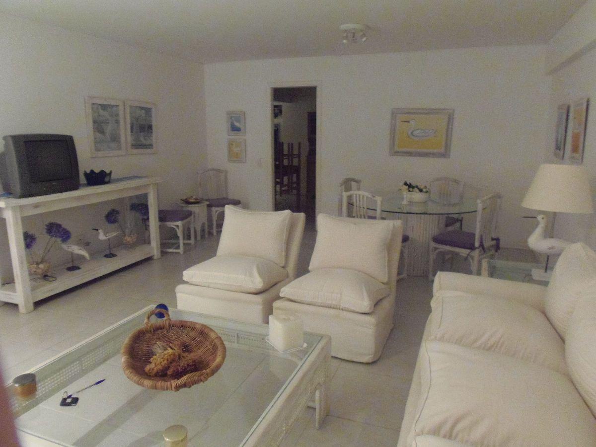 Apartamento ID.1532 - CON EXCELENTE VISTA AL PUERTO