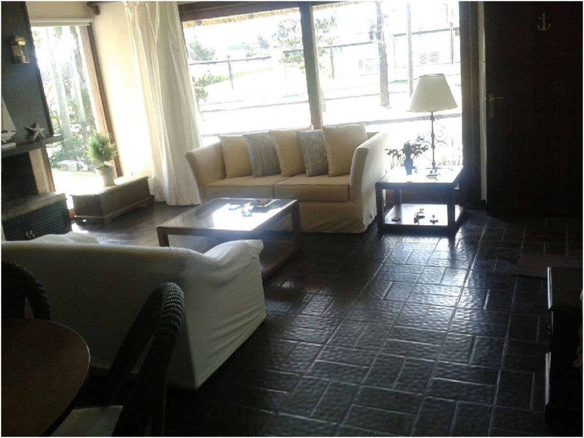 Casa ID.2810 - A METROS DE LA PLAYA