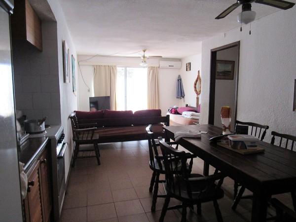 apartamento en venta en roosevelt 2 dormitorios con balcón cerrado y garage - far36612a