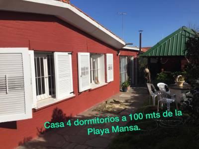 Hermosa Casa de 4 dormitorios Playa mansa