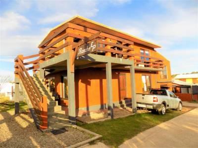 Venta - Casa 3 dormitorios con Dependencia de servicio - Lausana