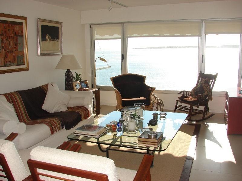 Apartamento ID.6675 - Excelente ubicacion , 3 cuadras de Gorlero