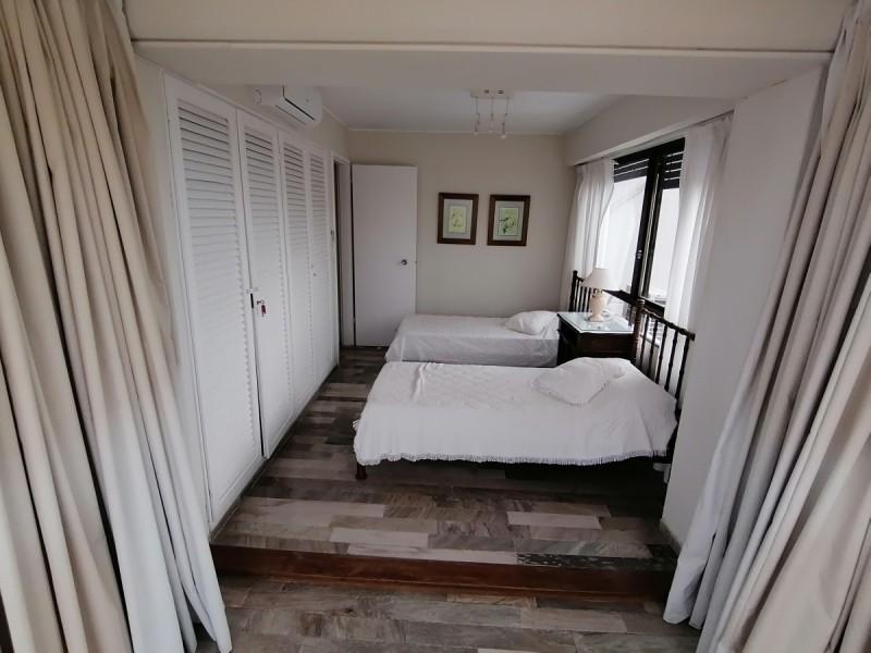 Apartamento ID.886 - OPORTUNIDAD - 4 dormitorios a precio insuperable