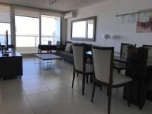 Apartamento con 2 dormitorios con vista al mar