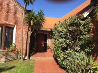 Casa Codigo #Oportunidad de hermosa casa en pinares en venta