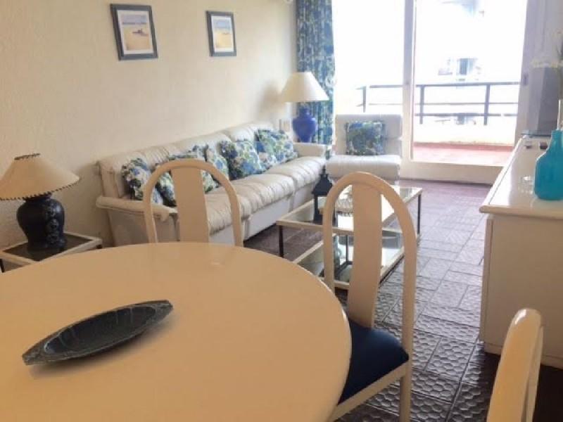 Apartamento ID.3086 - Departamento de 1 dormitorio y medio con parrillero y garage. Sobre Roosevelt en Playa Brava
