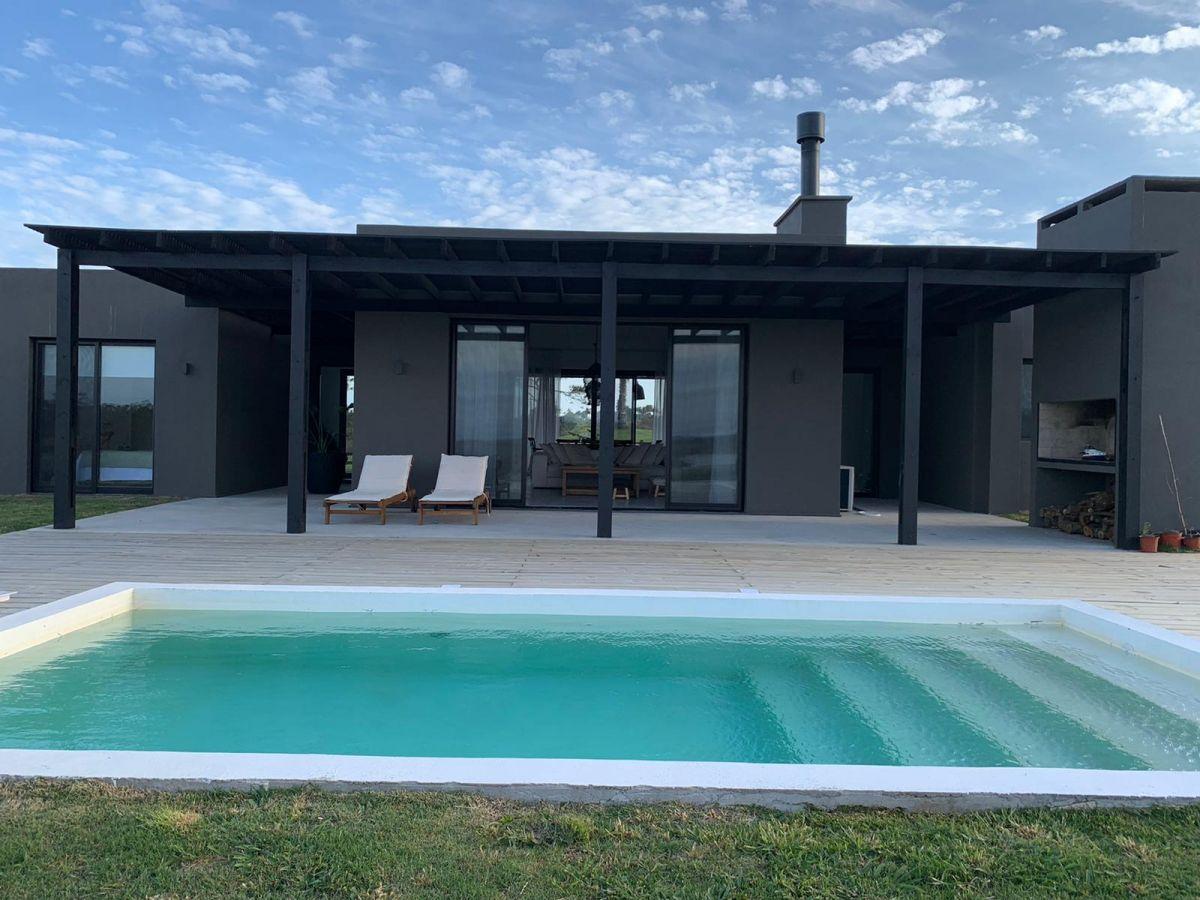 casa en venta y alquiler en pueblo mio , 4 dormitorios, piscina - pmi211933c