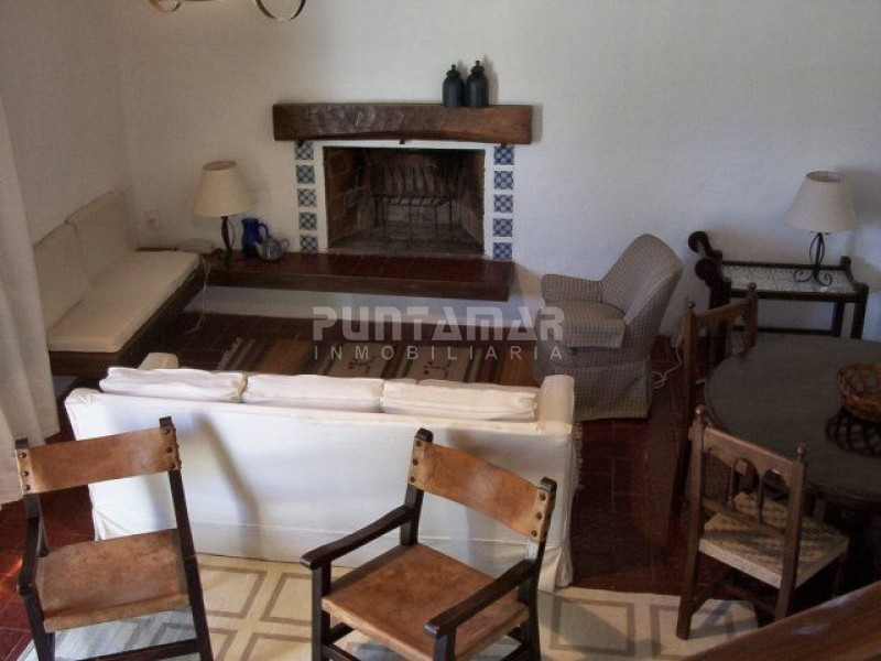 Casa ID.210681 - Casa en Rincón del Indio, 2 dormitorios *