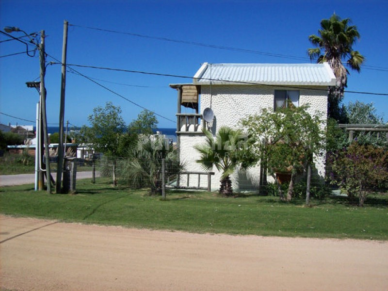 Casa ID.210836 - VENTA DE CASA EN EL CHORRO DE DOS DORMITORIOS, EXCELENTE VISTA